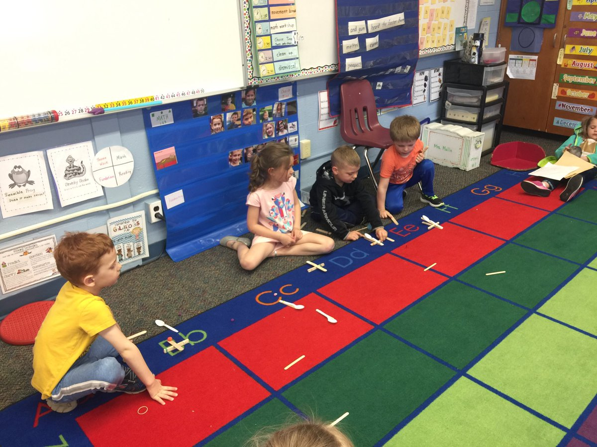 STEM work in Kindergarten with catapults #grcsu #vted #Kindergarten