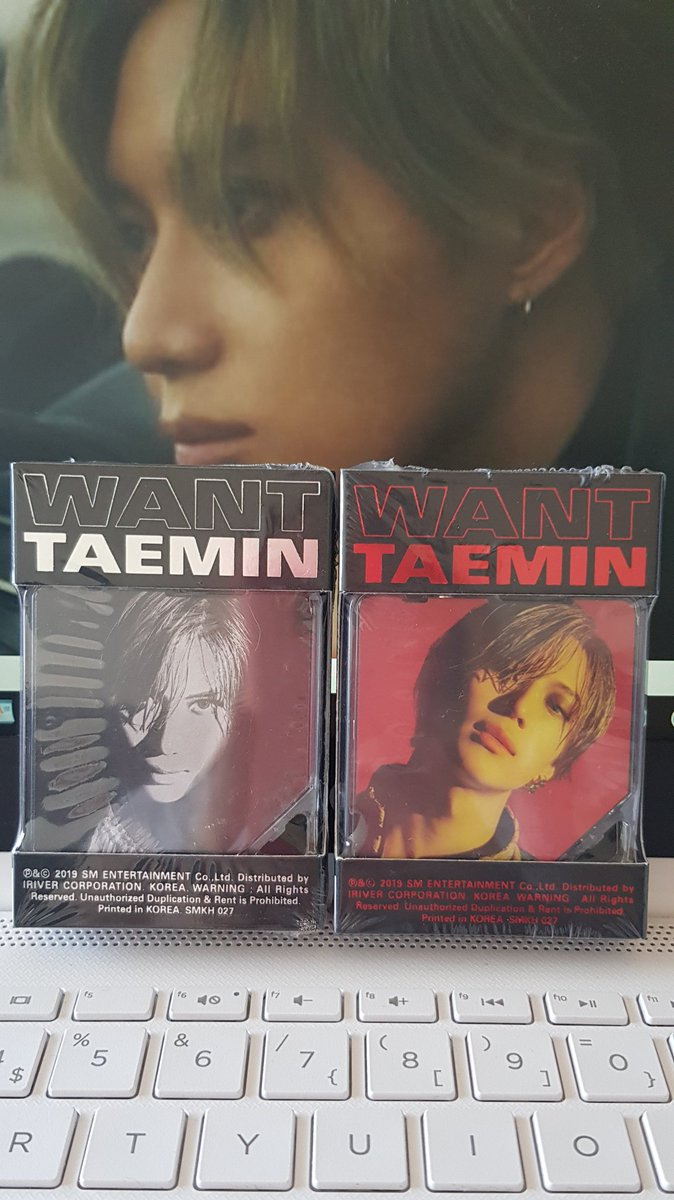 How can I possibly open these tiiiiiny and cute kihnos.   #샤이니 #SHINee #Taemin #TAEMtation <br>http://pic.twitter.com/HOuKrThvRb