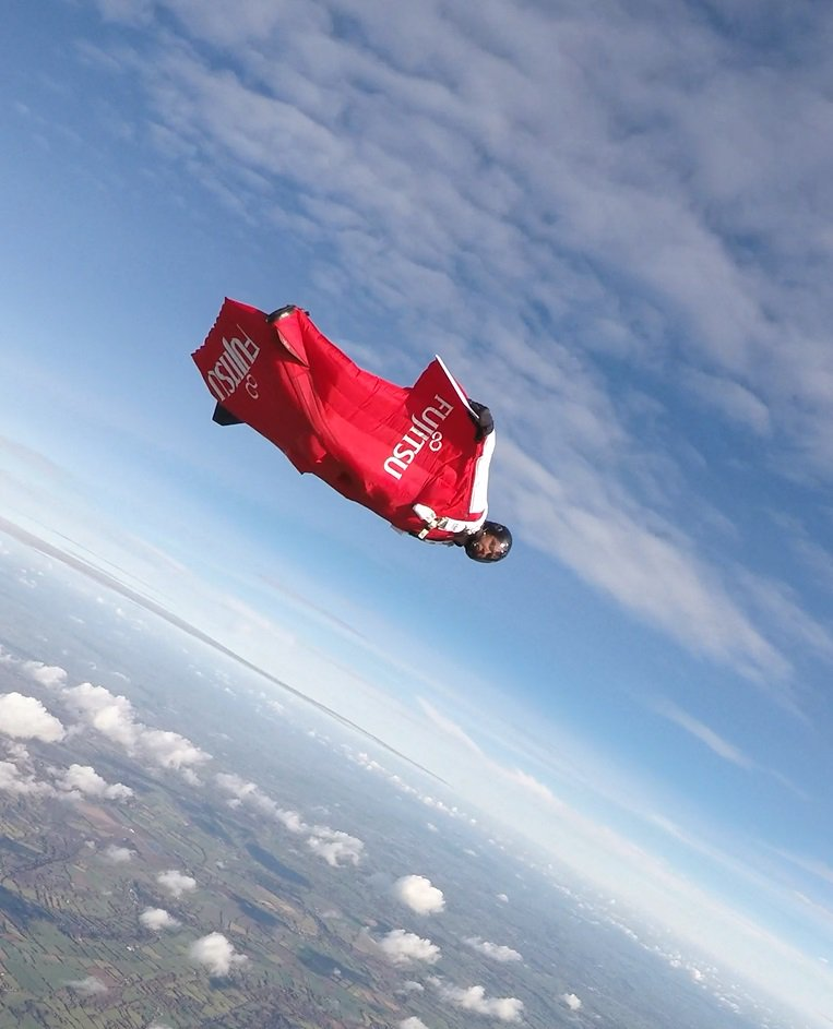Have you ever wondered what it was like to jump out of a plane and just fly? @frasercorsan the World Record holder for Fastest Speed Flown in a Wingsuit, will share his experiences on 9th May: http://bit.ly/2DejVpo