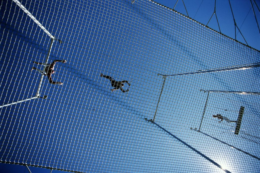Before You Launch Your Business, Make Sure You Have a Safety Net. Here are 13. https://t.co/3GkE4tuCN3 #Startup #entrepreneur https://t.co/JNReC1mqJR