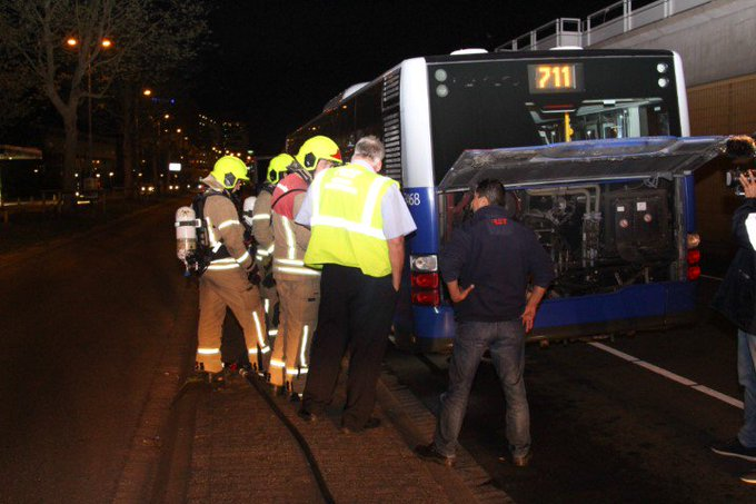 RET bus Hoekse lijn oververhit https://t.co/udASawS90x https://t.co/Ha2NlFsgYU