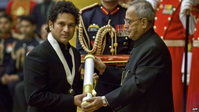 Happy birthday  Mr.sachin tendulkar sir