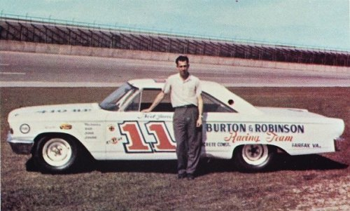 """52 years ago today (24 April 1967) Fred Lorenzen, one of the most successful Stock Car drivers in history, announced his retirement at a banquet in his honor. Suffering from ulcers, the 33 year old driver said """"I want to go out while I'm on top..."""". https://bit.ly/2F9Ncjk"""