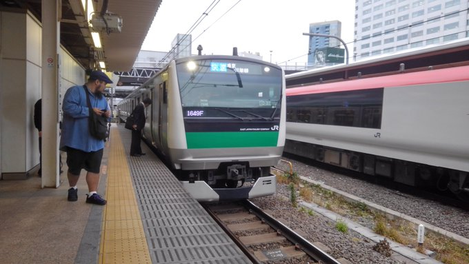 埼京線の新宿駅で人身事故の現場画像