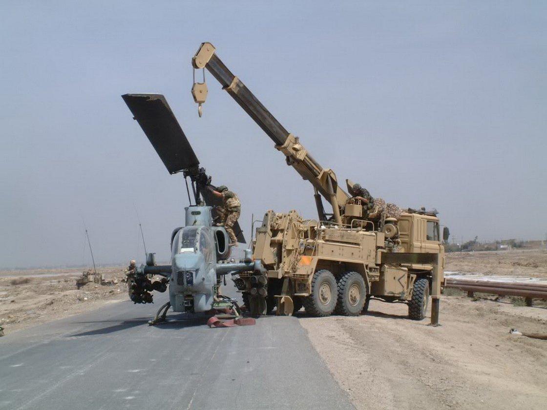 في الذكرى السنوية/16 لغزو العراق D46-UD-WAAA32Jp