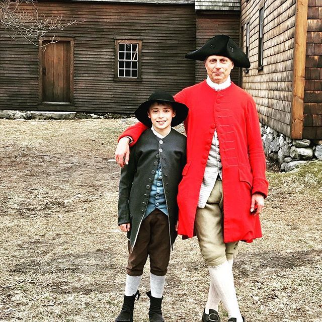 Father and son of the 2nd mass our regiment is one big family! #reenactment #revolutionarywar #patriots #family #massachusetts #newengland https://t.co/2zfLdD8YzY