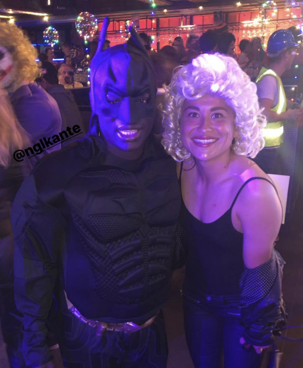 N&#39;Golo Kanté dressed up as batman for David Luis&#39; birthday.  The best thing you will see today...   rileythree  #CFC <br>http://pic.twitter.com/o9kGK5IZFu