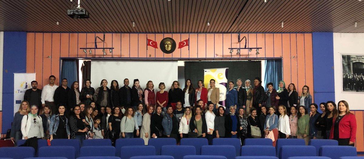 📍eTwinning Ulusal Kalite Etiketi Başvuru Seminerlerinin http://5.si Mezitli ve Yenişehir ilçelerinde görev yapan öğretmenlerin katılımıyla gerçekleştirildi.✅ @ziyaselcuk @lutfielvan @safran1958 @aliihsansu_ @tretwinning #MersinMEM