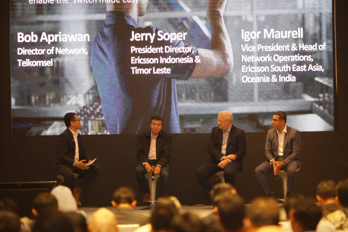 Snapshot from an engaging panel session at #BarcelonaUnboxed Indonesia as experts from Ericsson & @Telkomsel discuss the evolution from 4G to 5G along with the key elements to make #5GSwitch easy