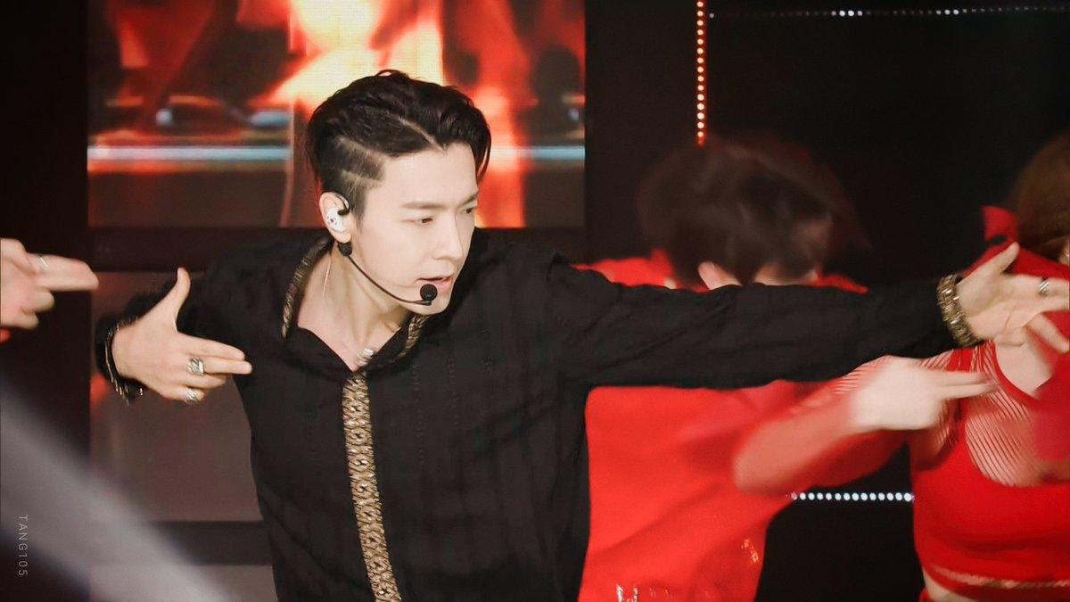 201904 SBS MTV THE SHOW PART.3 #슈퍼주니어 #SUPERJUNIOR #Eunhyuk #은혁 #Donghae #동해 #SuperJuniorDnE<br>http://pic.twitter.com/e2afgEXz2R