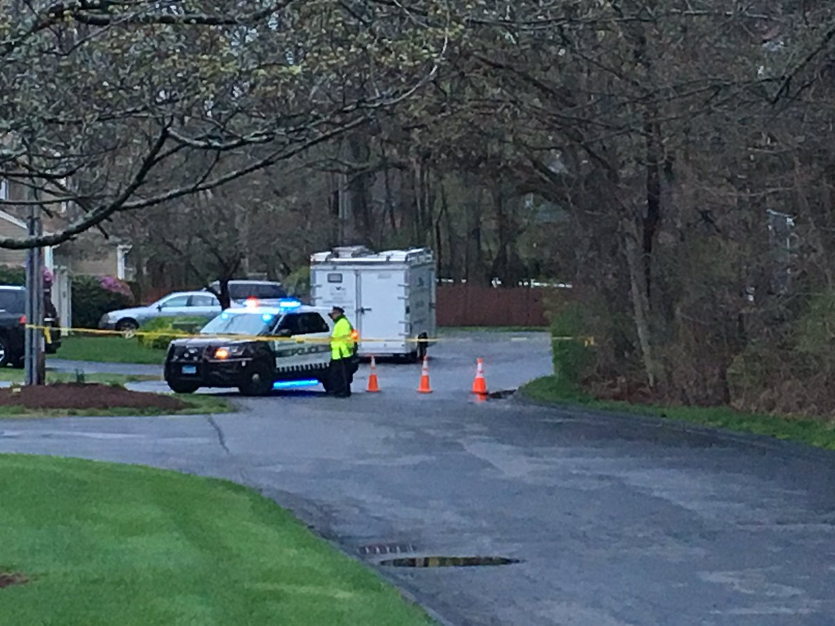 Police remain on scene through the morning at a home on Pond View Way, just off of Solomon Pond Rd in Northborough. @MassStatePolice confirm it is a death investigation, but no other details have been released. #Boston25 <br>http://pic.twitter.com/2udPjstvdT