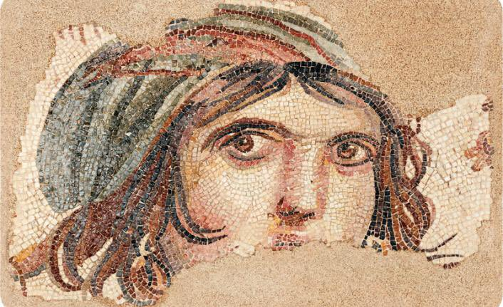 """Gaziantep, Zeugma antik kenti kazılarında çıkarılan""""Çingene Kızı """" mozaiği."""