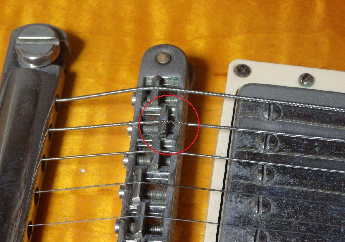 弦 切れる ギター