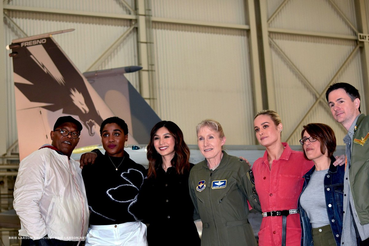 Gallery Update: &#39;Captain Marvel&#39; Press Event in Edwards Air Force Base  https:// brie-larson.net/photos/thumbna ils.php?album=1208 &nbsp; … <br>http://pic.twitter.com/NQC1adR0xL