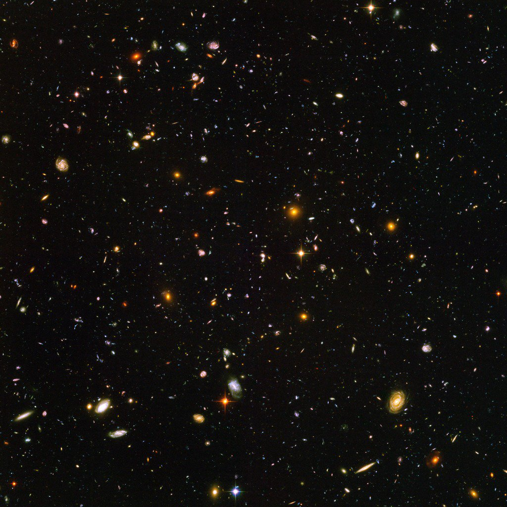 This @NASAHubble view is one of my favorites. Each one of these specs is a different galaxy, nearly 10,000 are shown here. Each one has 1000s of stars with planets orbiting around them. It's astounding to consider how many stars & planets are out there! svs.gsfc.nasa.gov/30946