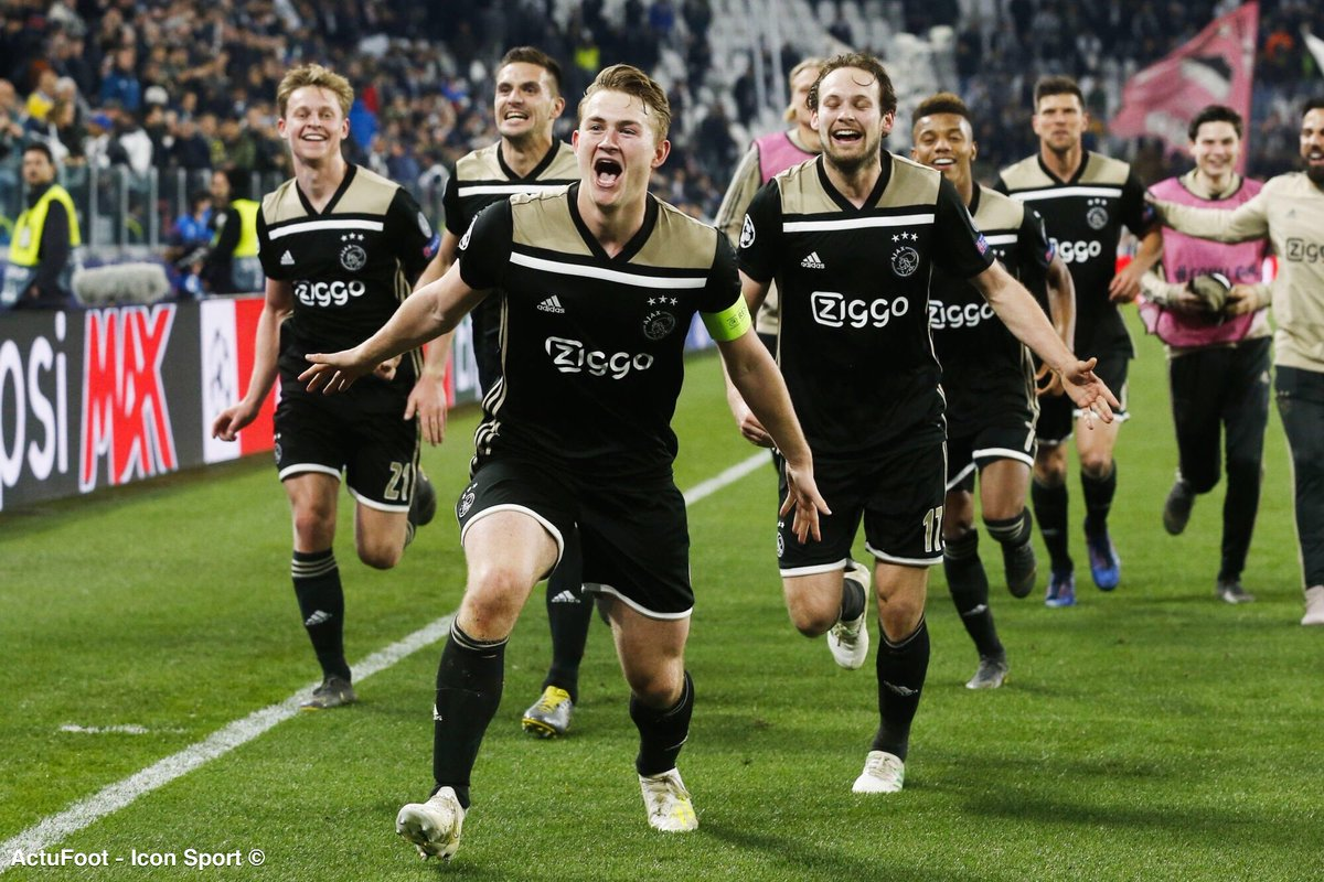 LAjax Amsterdam cette saison 😳🔥 🇳🇱 Leader de son championnat ⚽️ 111 buts marqués après 32 journées de championnat (3,47 buts / match) 🇳🇱 Finaliste de la coupe des Pays-Bas 🇪🇺 Demi-finaliste de la Ligue des Champions ⚽️ 160 buts marqués (TCC) : meilleure attaque dEurope.