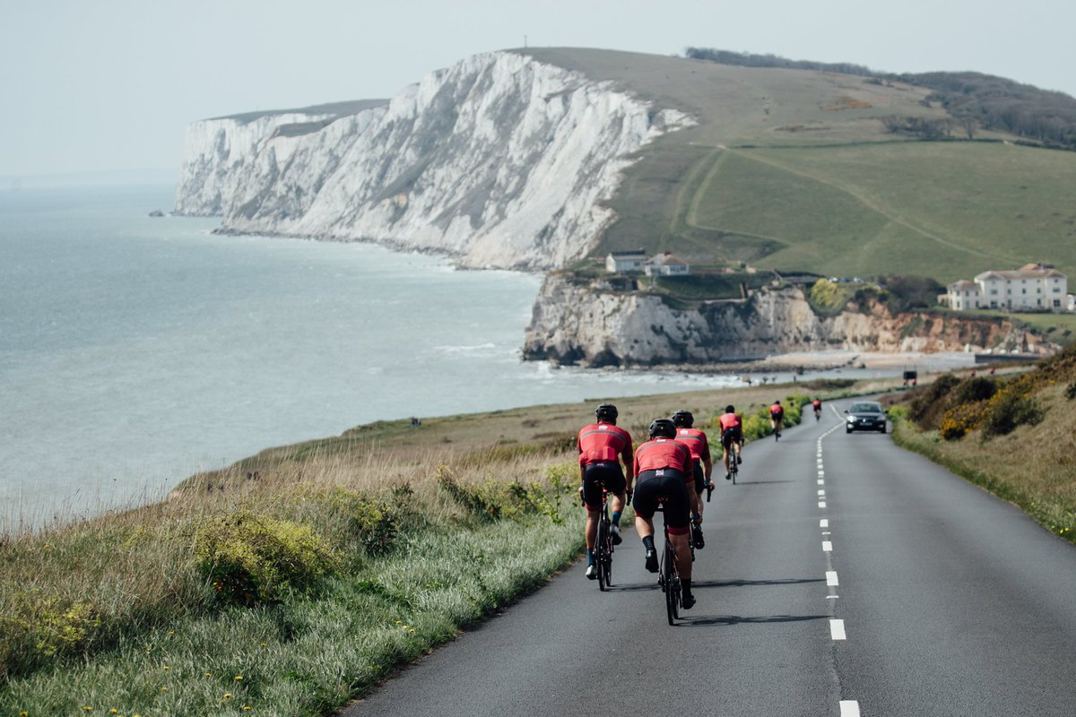 Sir Ben Ainslie's world class @INEOSTEAMUK were riding on the #IsleofWight over the #EasterWeekend! Did you spot them? Check out some of their awesome shots and be inspired for your next #CyclingTrip   : @INEOSTEAMUK   #AmericasCup #DriveLessSeeMore<br>http://pic.twitter.com/qXAeNY1RYv