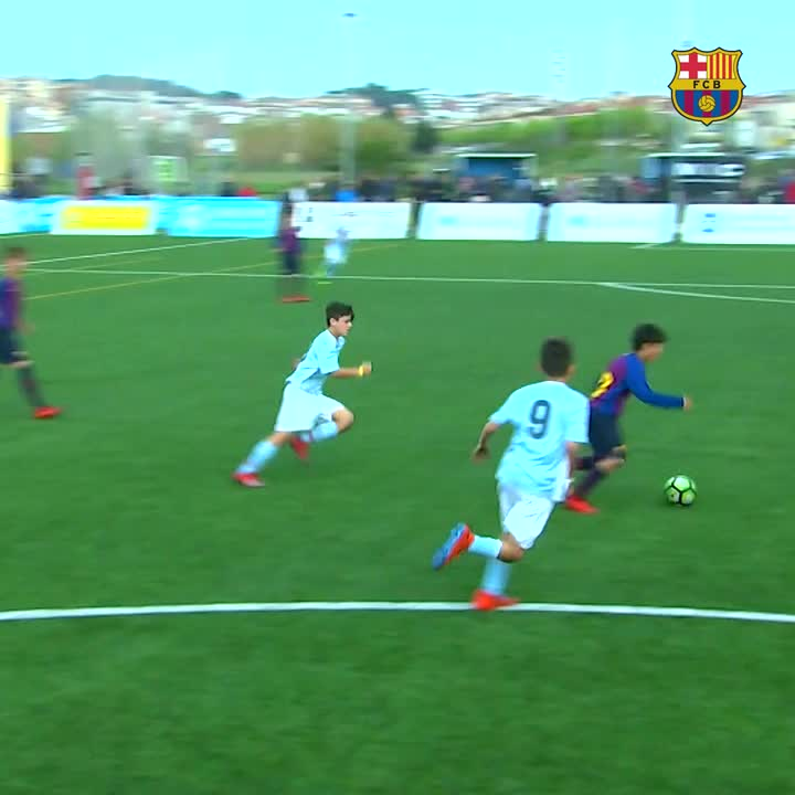 On 🔥 at @FCBmasia once again! Here are the top 5 goals of the weekend... 🔵🔴 #ForçaBarça