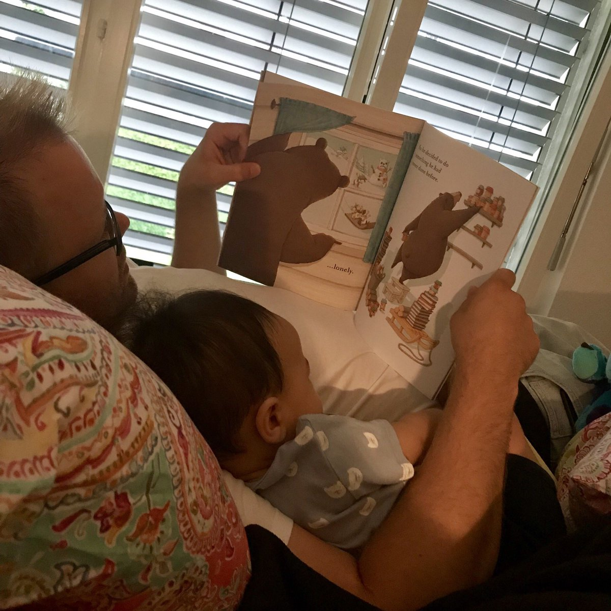 Quality sedentary time young #children spent in interactive non-screen-based activities with a caregiver, such as reading, storytelling, singing and puzzles, is very important for child development.