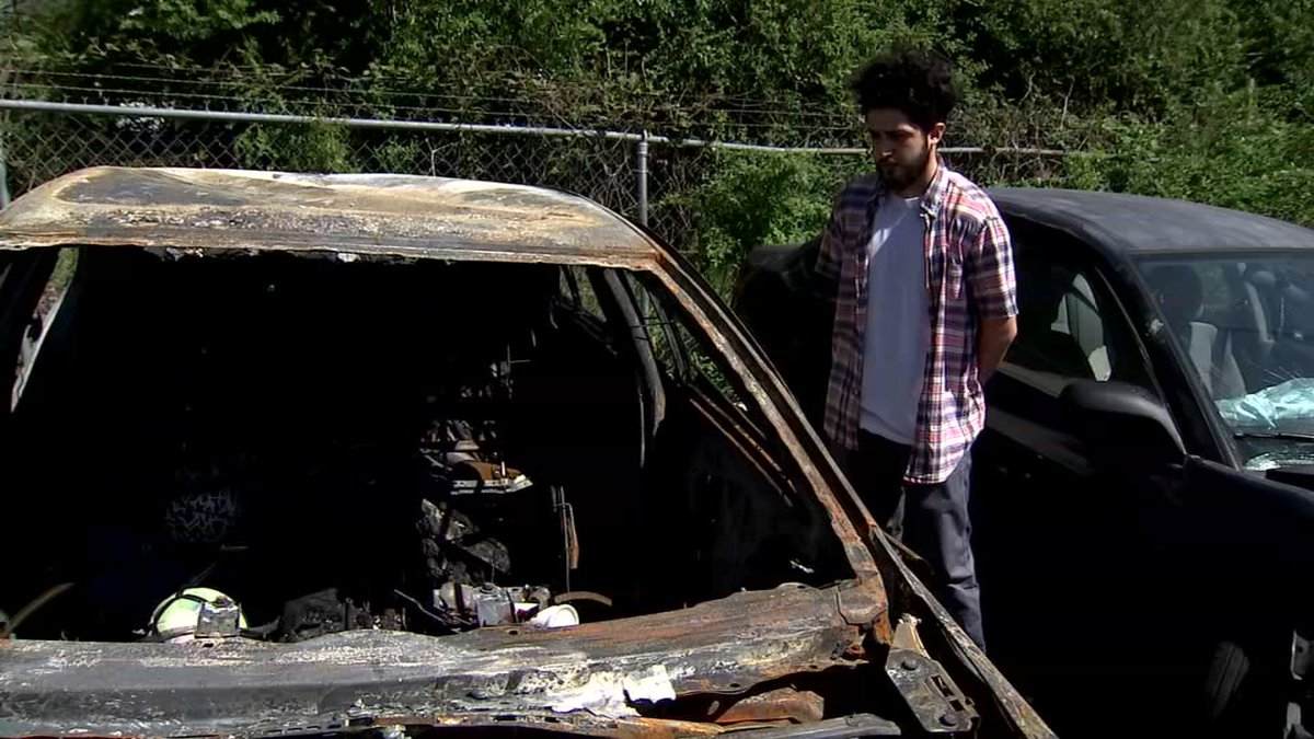 Man says Jiffy Lube caused his car to burst into flames just minutes after getting an oil change: 2wsb.tv/2IBbatJ – Thursday at 5, Channel 2 Investigative reporter @JStricklandWSB reveals the questions you need to ask before your next oil change