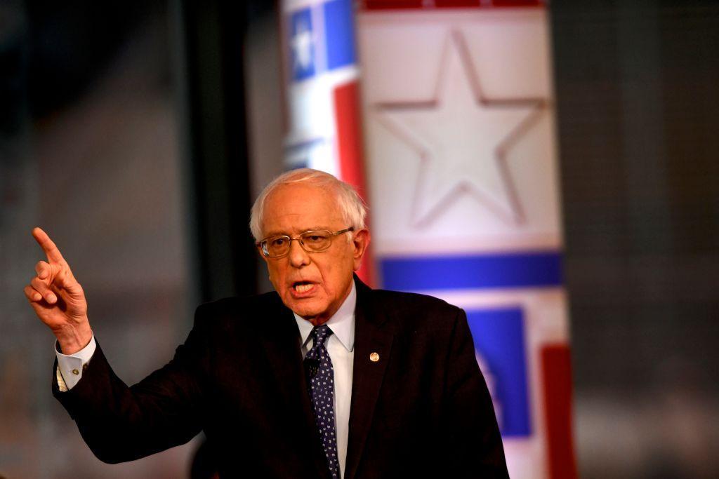 Felons for Bernie? Fox News guest mocks Sanderss call for enhanced voting rights trib.al/iBVzaIA
