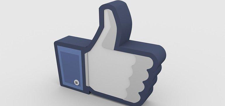 """¿Deberías gastar en #publicidad de #Facebook? El """"trabajo orgánico"""" aún es válido y gratuito, pero demanda un altísimo volumen de #creatividad y trabajo.   Aquí va un artículo de @NCMSocial que te """"aclarará la película""""  #SocialMedia #DigitalMKT #SuccessTheory #Negocios"""