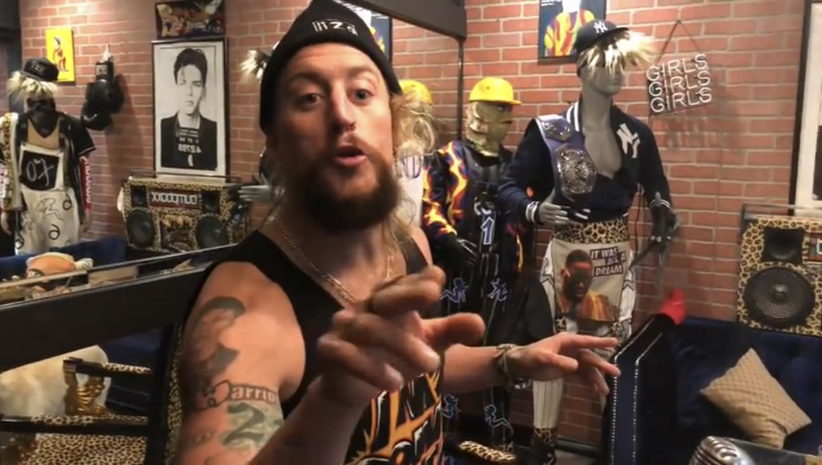 "Enzo cuts promo on ROH and NJPW   ""You all watched the ZERO F*CKS GIVEN tree blossom at the Garden""    https:// youtu.be/DW0D4V5Iwho  &nbsp;  <br>http://pic.twitter.com/MxU8eGHxn9"