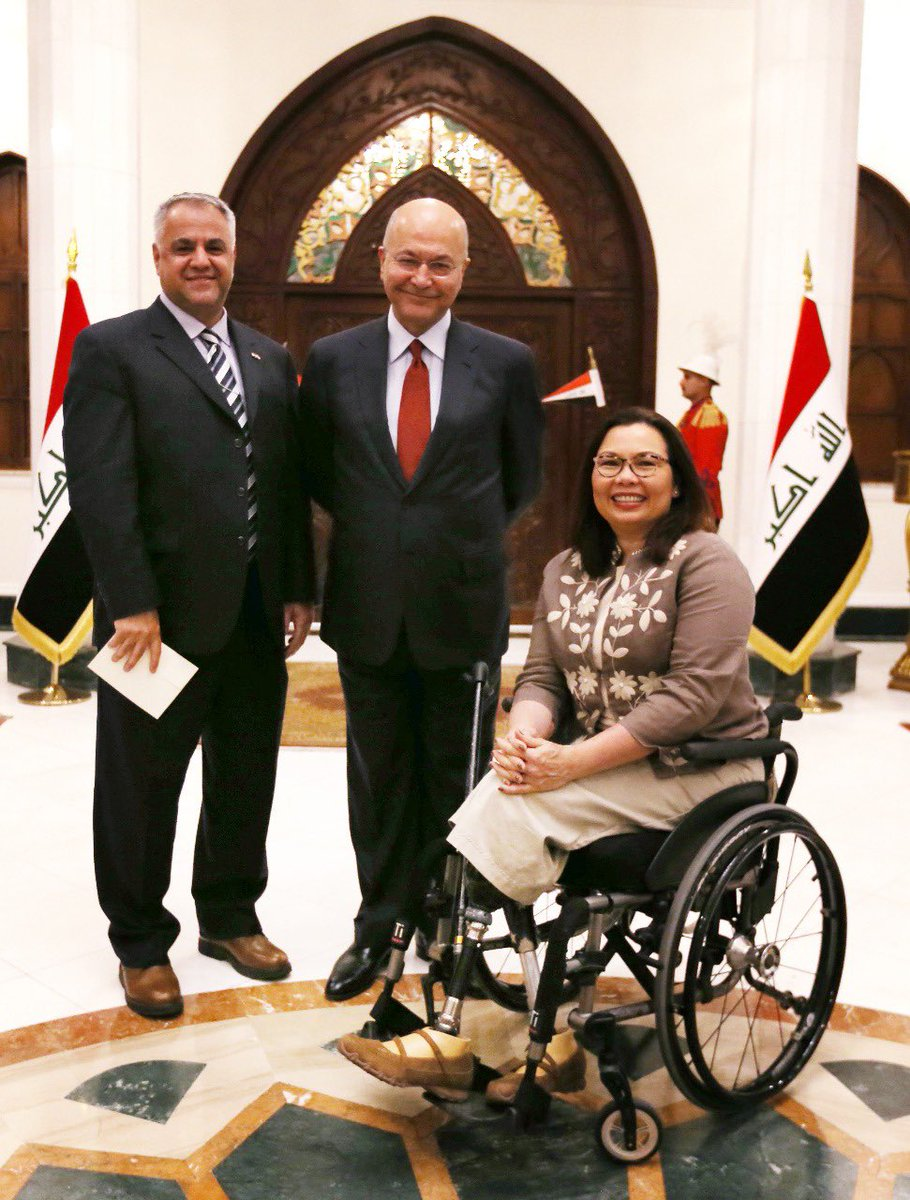 Honored to meet @SenDuckworth & her Senate colleagues. This was Senator's first visit to Iraq since her combat injury while serving here in the war against terrorists. We honor her sacrifice, appreciate her continued commitment to helping Iraqis achieve enduring peace& prosperity