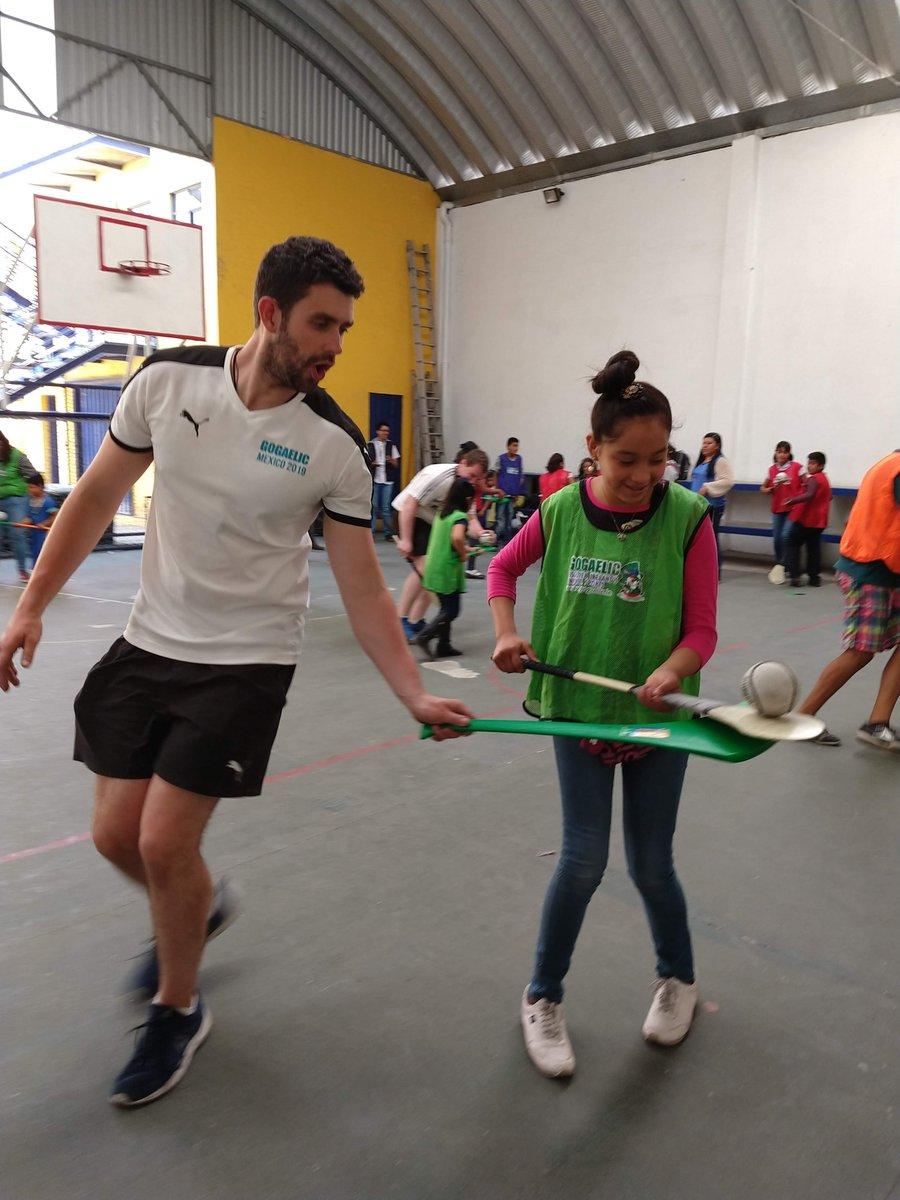 4a80d29ab4fe La pasamos excelente conociendo de la  culturafísica y deportes de   Irlanda. ¡Muchas gracias!  GoGaelicMéxico  IrishEmbMexicopic.twitter .com oroEwvlwK0