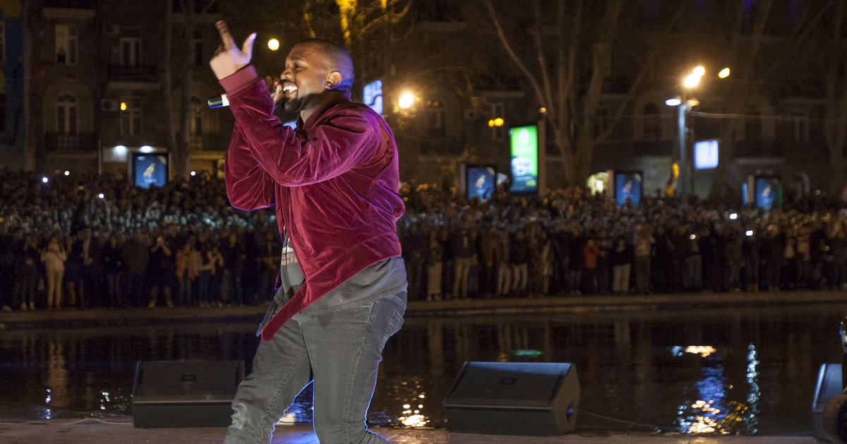 when Kanye performed in Armenia & jumped in the lake