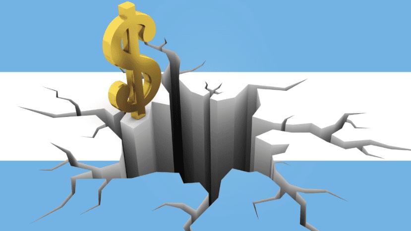 """""""Argentina sufre más que el resto de los mercados emergentes""""  Augusto Darget, socio de Silver Cloud y master en finanzas, con @majulluis en #LaTardeDeCNN   Hasta las 19hs por #CNNRadioArgentina Seguilo por http://cnnradio.com.ar"""