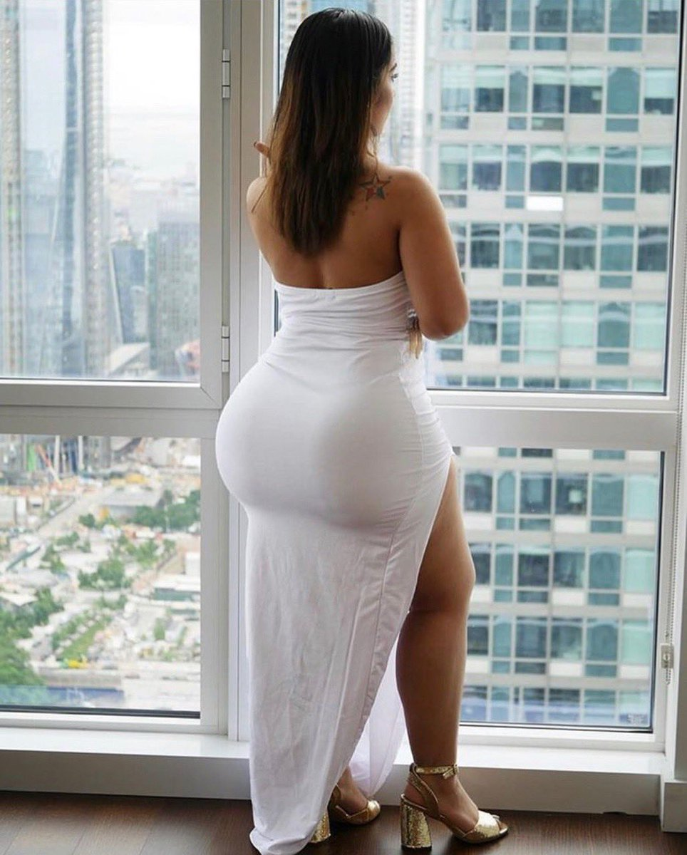 Thick booty bitch