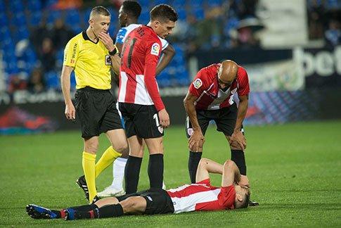 .@yerayalvarez4 : Il souffre d'une blessure musculaire aux ischio-jambiers de sa jambe droite. D'autres tests seront effectués. En attente d'évolution. #AthleticClub