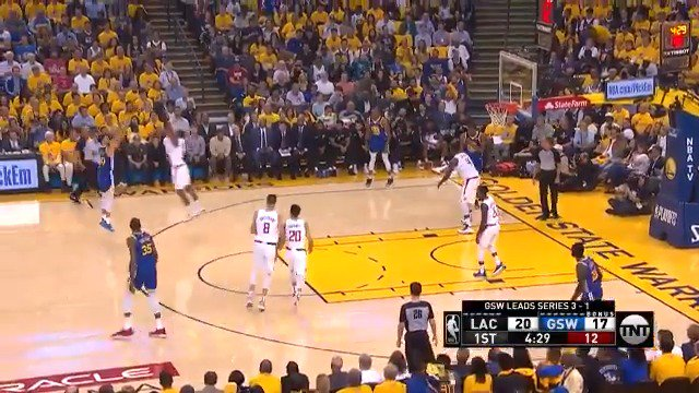 Image for the Tweet beginning: The @warriors knock down 8