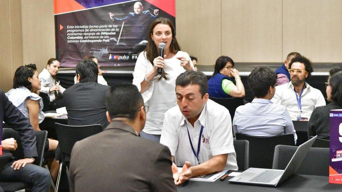 Hoy realizamos la primera Rueda de Negocios de #EconomíaNaranja en #Pereira. Más de 1.377 citas de negocios entre más de 100 empresas. Así potenciamos las industrias creativas y los emprendimientos en esta región del país. @InnpulsaCol @MincomercioCo @ACRegiones #ColombiaNoPara