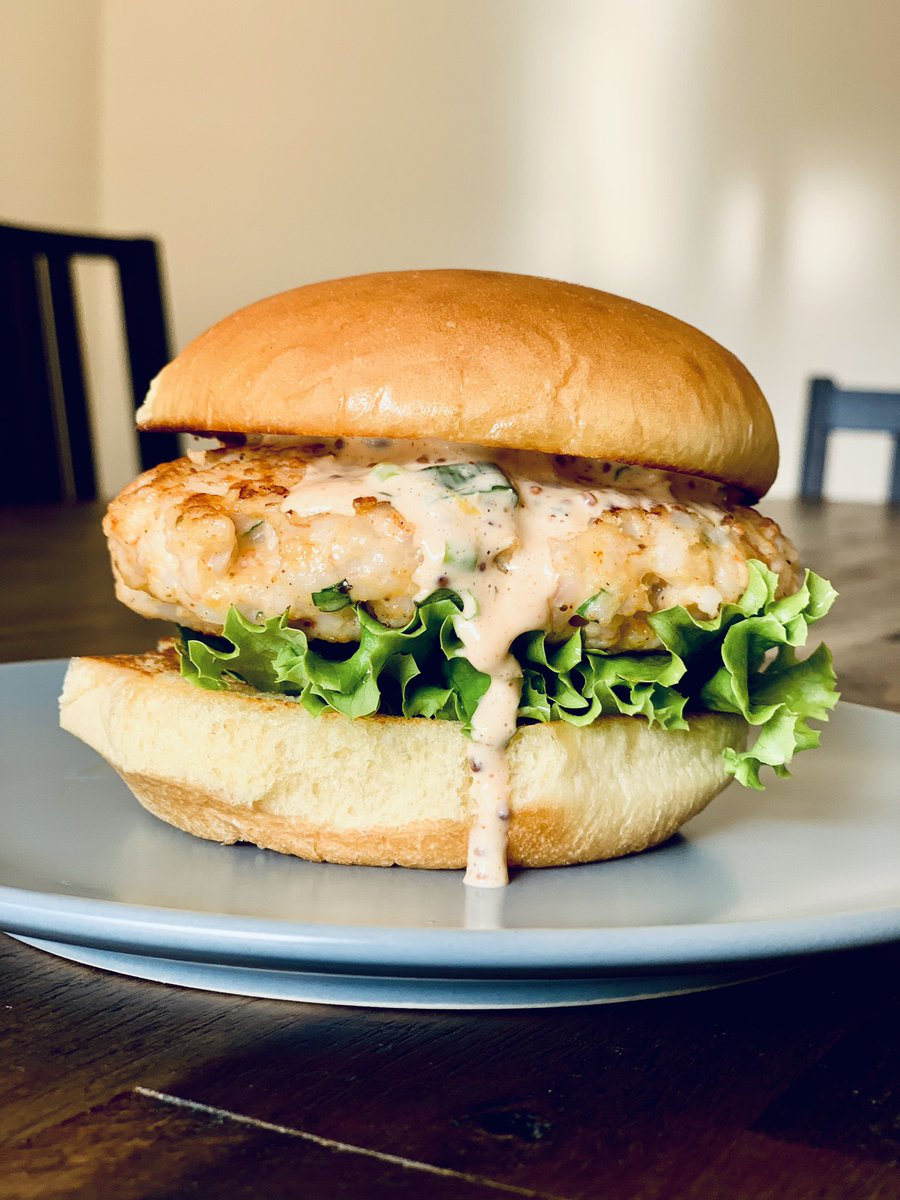 Unus On Twitter I Rarely Ever Cook But Today I Followed Bingingwbabish S New Video For Shrimp Burgers And They Came Out So Damn Good The Sauce Is My Favorite Thing I Ve