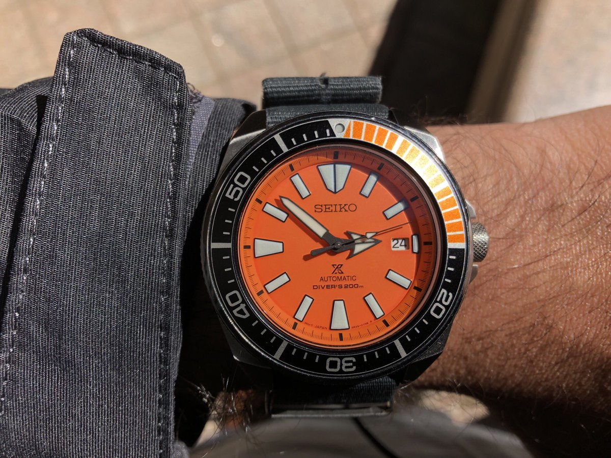 #WackyWednesday is a thing right? A Seiko Orange Samurai on the wrist for the first real warm day in New England   Check out our special on the Baselworld 2019 releases: https://t.co/C0u2h9WamH  #Seiko #SeikoSamurai #OrangeSamurai #srpc07 #watches #baselworld2019 @seikowatches https://t.co/FnUO17gR9I