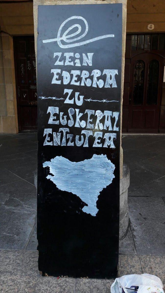 Jakingo bazenu Zein ederra den Zu euskaraz entzutea #korrika