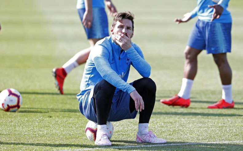 🐐 What is #Messi thinking? 🤔  🔵🔴 #ForçaBarça