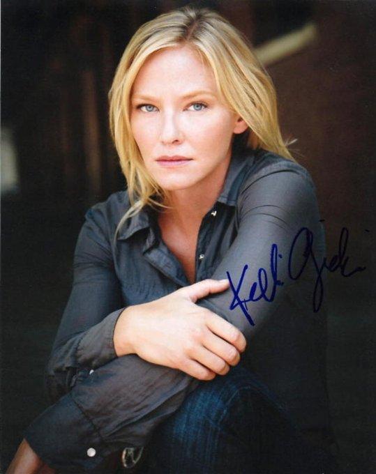 Happy Birthday, Kelli Giddish!
