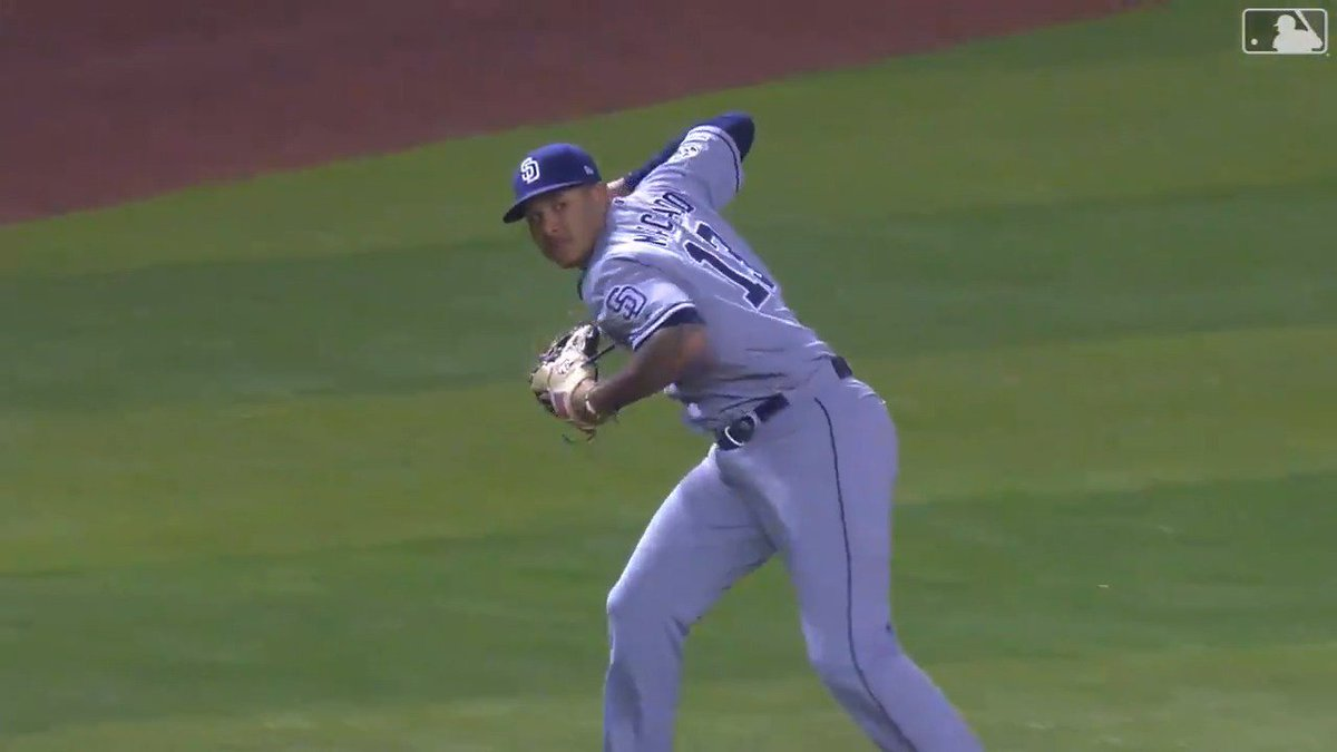 Manny Machado reminded the world just how ridiculously easy baseball is for him with this effortless throw