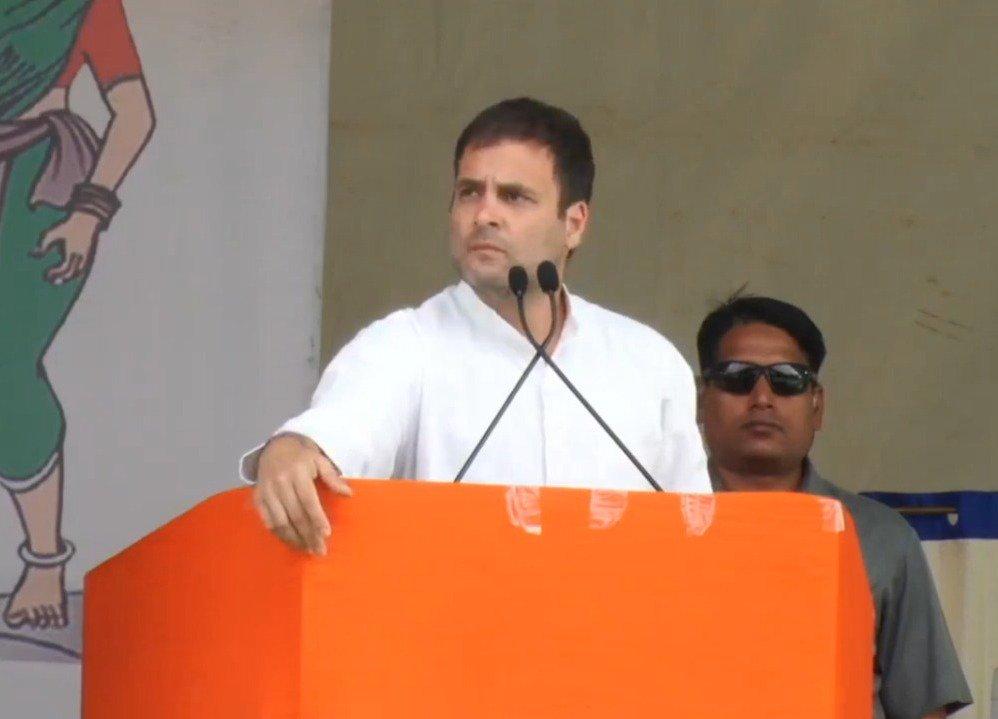 ಕಾಂಗ್ರೆಸ್ ಅಧಿಕಾರಕ್ಕೆ ಬಂದಲ್ಲಿ, ಮೊದಲ ಅಧಿವೇಶನದಲ್ಲೇ ಮಹಿಳೆಯರಿಗೆ ರಾಜಕೀಯ ಪ್ರಾತಿನಿಧ್ಯ ನೀಡಲು 33% ಮೀಸಲಾತಿ ಜಾರಿಗೊಳಿಸಲಿದೆ. --@RahulGandhi   #NYAYForIndia
