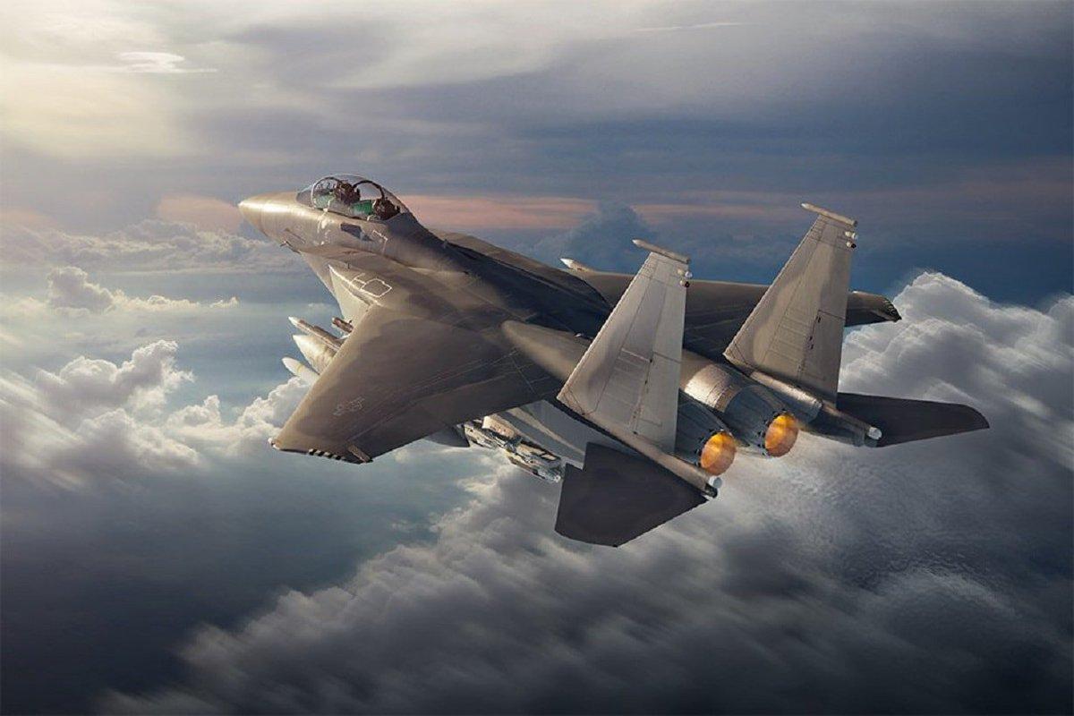 F-15X : نسخه جديده تقدمها شركة Boeing الامريكيه للبنتاغون  D4B454rW0AEQzmj