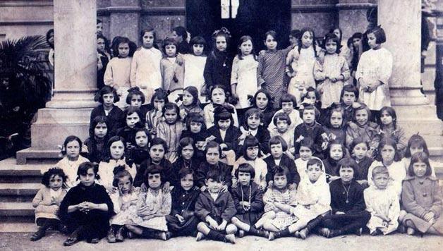 #GOMUTAN :  Bilboko udal eskoletako lehenengo euskara ikastaroak (1918)  @arbolagana  #BilboHiriakBerea https://www.bilbohiria.eus/51853