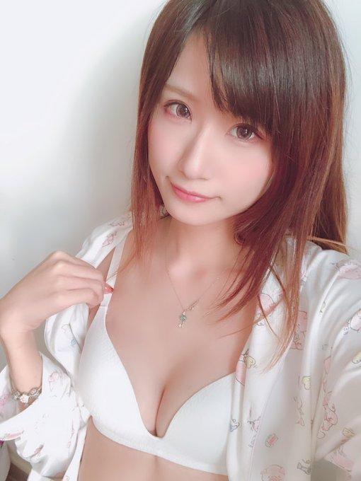 コスプレイヤー莉酱LusiaのTwitter自撮りエロ画像44