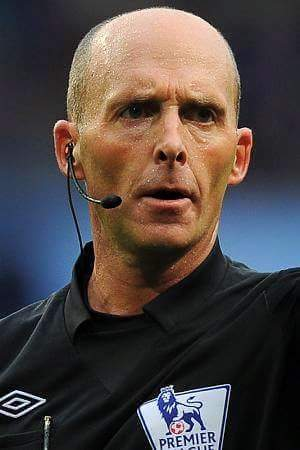 Kwikky's left foot's photo on Mike Dean