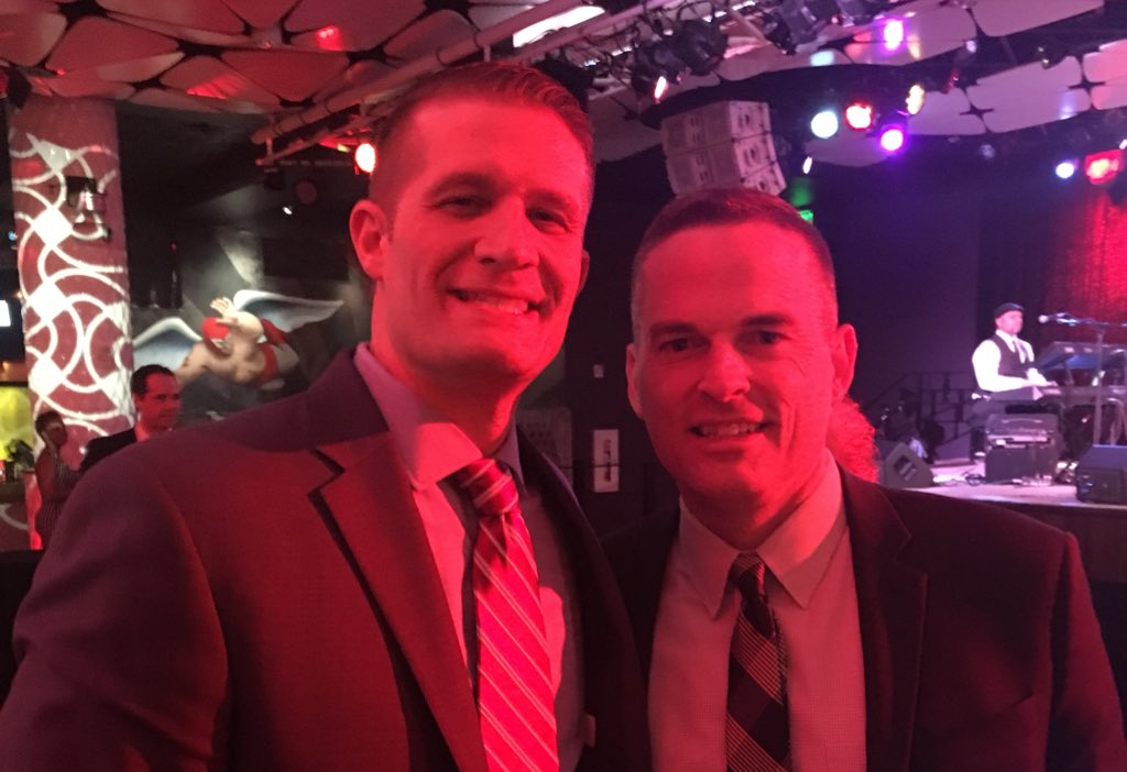 One of the many highlights of last night's Wooden Award event was hanging out with Coach Matt McMahon of Murray State. I'm so happy for him and his family! He's climbed the ladder into being one of the best coaches in the land (54-11 the last two seasons ain't too shabby)...