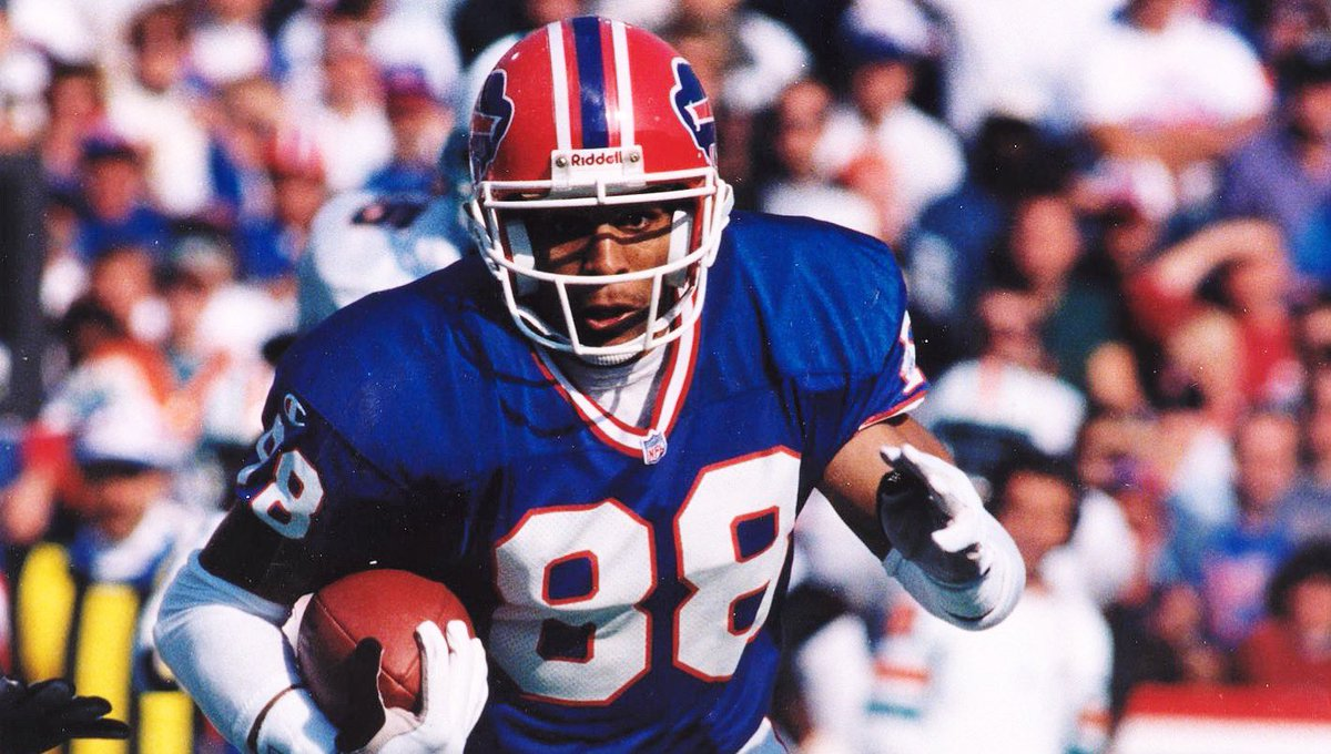 Happy Birthday to 12-year NFL vet, turned actor and author, WR, Quinn Early! (Bills, '96-'98)