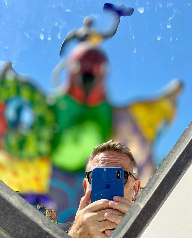 """""""You use a glass mirror to see your face; you use works of art to see your soul."""" #instajeff #iPhoneXSmax #savageoptimism #nikidesaintphalle <br>http://pic.twitter.com/B9ZMKHg56H"""