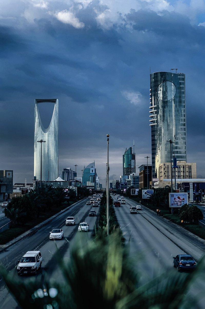 طرق الرياض On Twitter صور لمدينة الرياض صباح اليوم السبت امطار الرياض